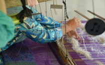 Traditional Songket Weaving (IMAGE)
