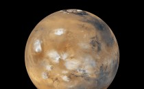 The Mars Ice Caps Might Hold the Last Vestiges of Life on Mars With Less Water Left