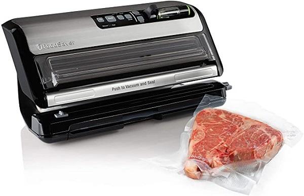 FoodSaver FM5200-000 Vacuum Sealer Plus Starter Kit