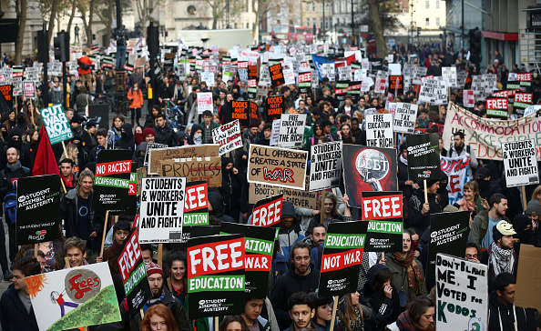 A UK Petition Aiming to Reduce University Student Tuition Fees Sign by Over 200,000 People