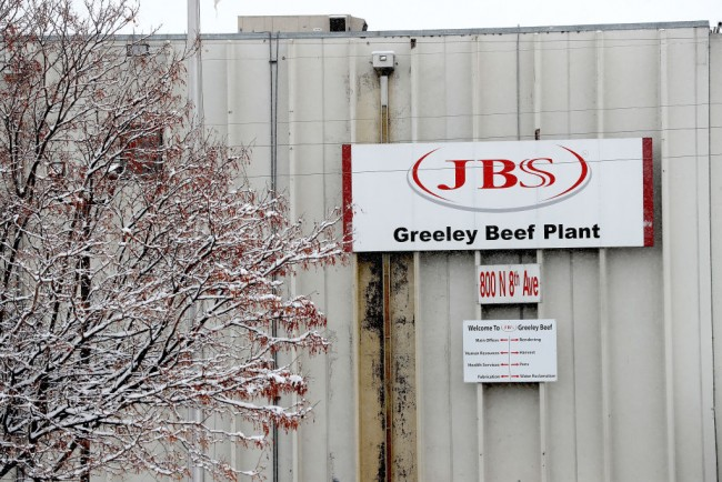 Greeley JBS Meat Packing Plant Closes After Coronavirus Outbreak G