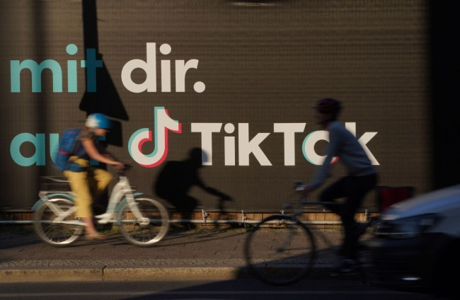 Trump Approves TikTok Takeover By Oracle And Walmart