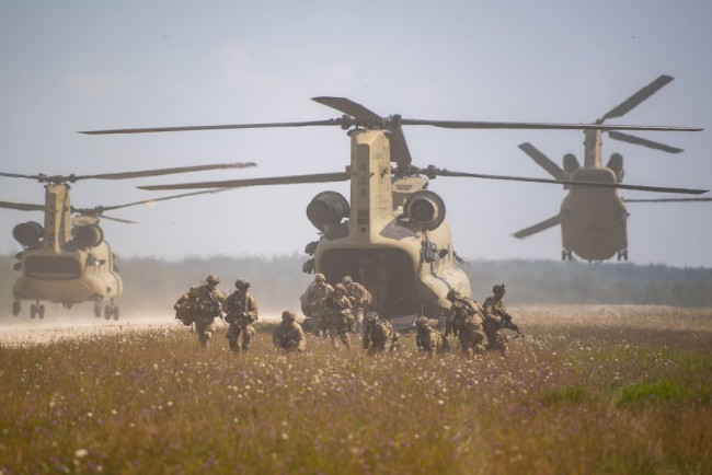 MH-47G Chinook Special Operations: Specialized Variant Used by US Army