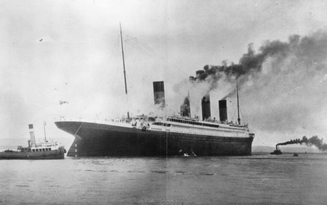 """Titanic Artifacts Found in Massive Ship Wreck, New Discovery Mission Dubbed """"Like Opening a Treasure Box"""""""
