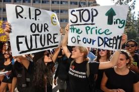 Student Loan Crisis: What Will Happen If Biden Doesn't Cancel Debt?