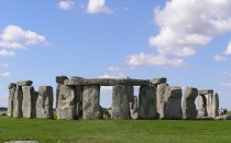 Swarms of Summer Solstice Festival Goers Converged on Stonehenge Despite the Cancellation of the Yearly Event
