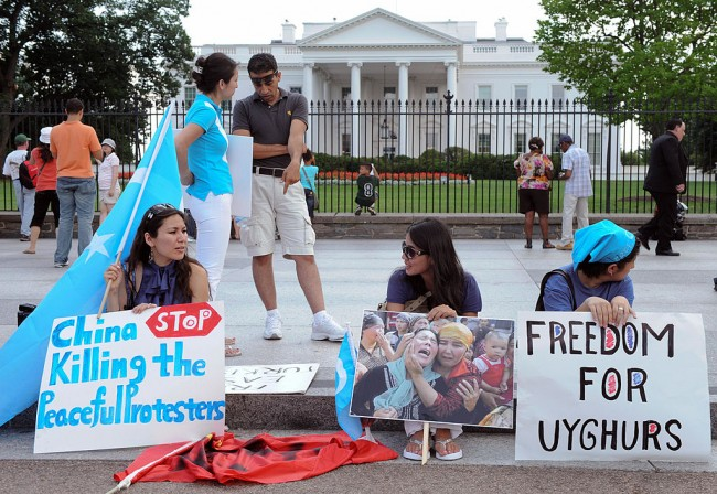 US Implies Sanctions on 34 Companies Linked to Uyghur Policy; China Vows Retaliation Over Blacklisting