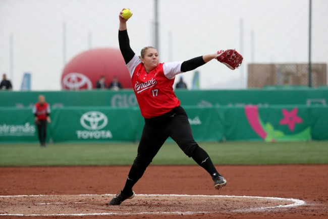 How Softball's Sara Groenewegen Chases for Gold in 2021 Tokyo Olympics 3 Years After Being Close to Death