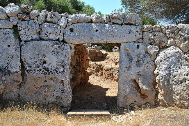 Ancient Roman Armory in Spain Discovered Dating Back to 100 B.C. in Son Catlar, Spain