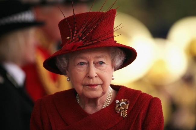 Palace is Furious as Queen Elizabeth's Secret Death Plans Leaked; Officials Launch Haunt for Culprit