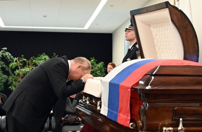 Grieving Vladimir Putin Pays Respect to Minister, Who Also Became His Bodyguard, Killed After Saving Man During Arctic Exercise