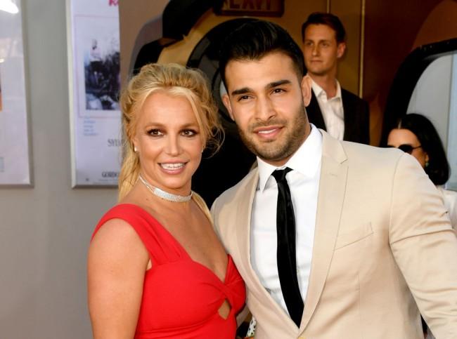 Britney Spears, Sam Asghari Announce Engagement on Instagram; Octavia Spencer Says He Should Sign a Prenup