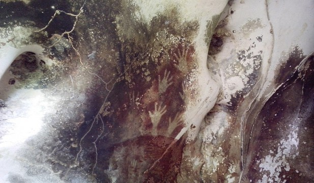 Denisovan Children Left Hand and Footprints on Limestone During the Neolithic Period, Created Oldest Graffiti in Prehistoric Art