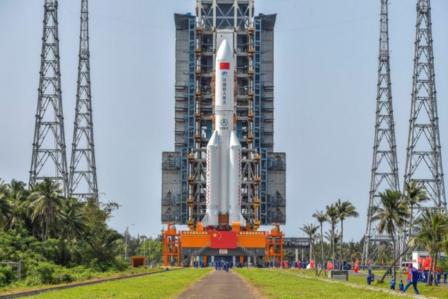 Chinese Space Agency Showcases New Rocket for Space Tourism it has a Striking Resemblance to SpaceX and Blue Origin Designs