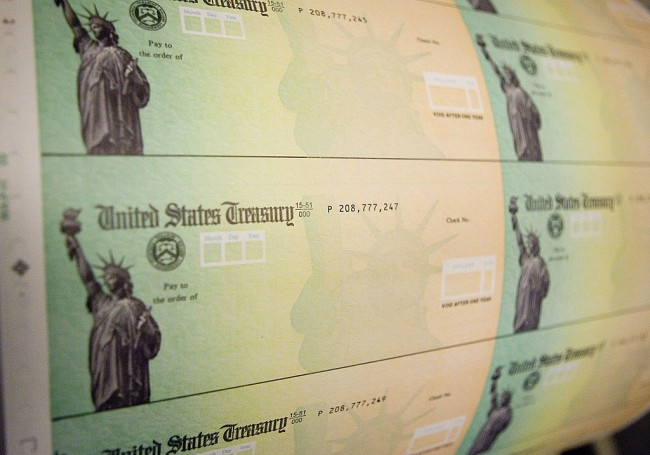 Are You Qualified For Another $1,400 Stimulus Check To Be Sent in 2022? Social Security Recipients Might Also Get Theirs!